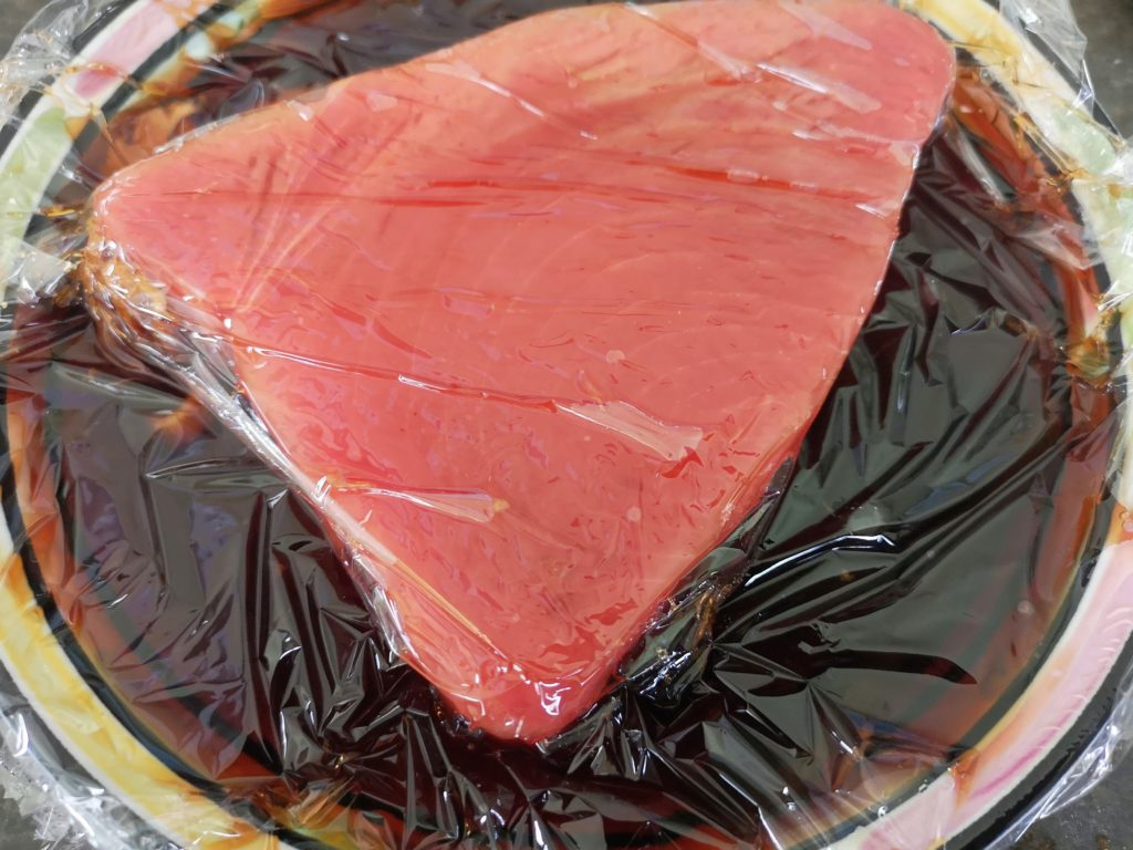 How to make Tuna (Maguro) Marinated with Soy Sauce
